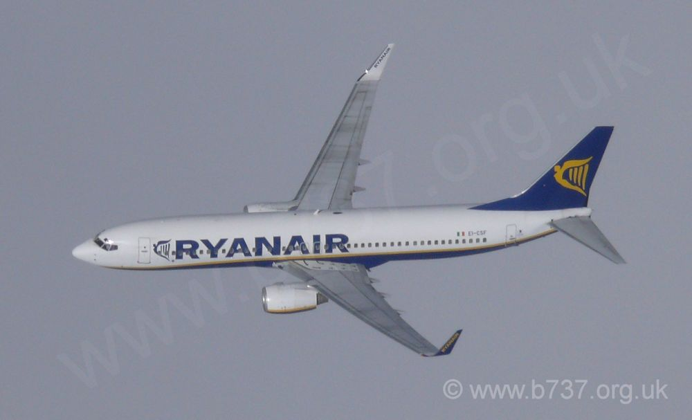 Ryainair 737-800 EI-CSF