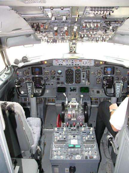 737 3 4 500 Flightdeck