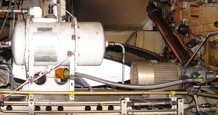 Electric Hydraulic Pump >> 737 Wheel Well